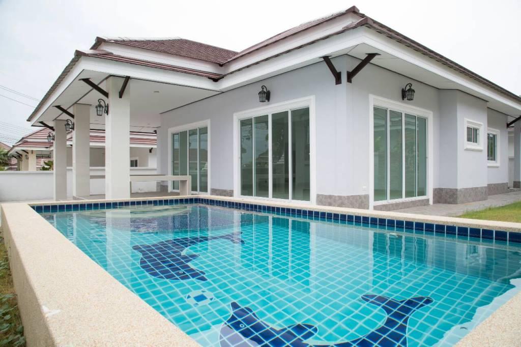 บ้าน พร้อมสระว่ายน้ำ